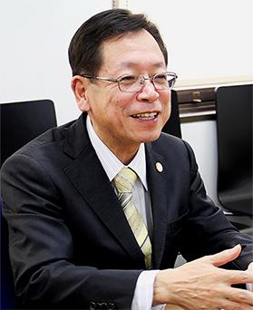 理事長中西圭司